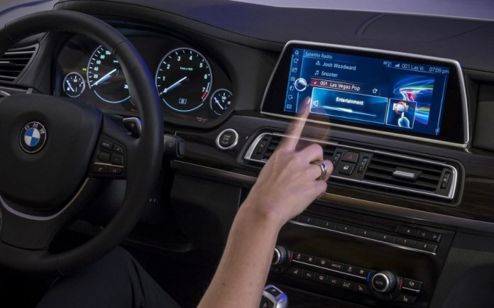 Finally! BMW will support Android Auto in its cars by 2020