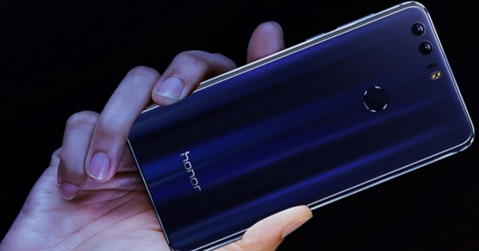 Image shows Honor Magic's small edges