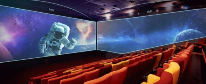 US opens cinema screen with sidewalls!