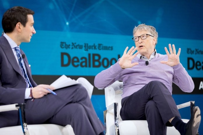 Windows Mobile could be in place of Android today, says Bill Gates