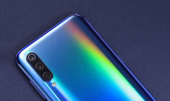 Xiaomi Mi 9: Users Begin Reporting Some of Their Problems