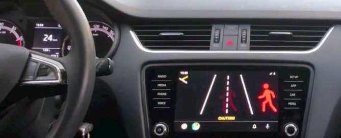 Android Auto. App alerts drivers to pedestrians before they see them (video)