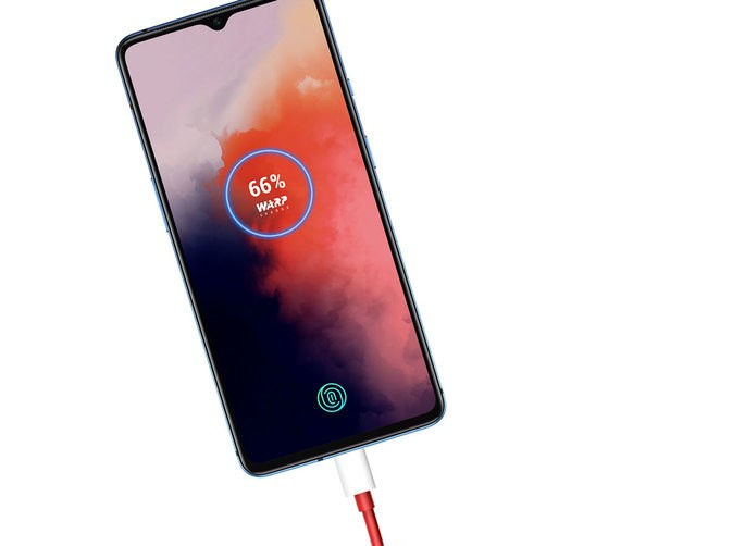 Xiaomi Mi 10: wireless charging shames OnePlus 7T Pro wired charging