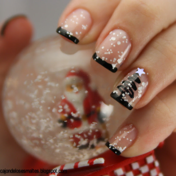 Christmas Snow Nails