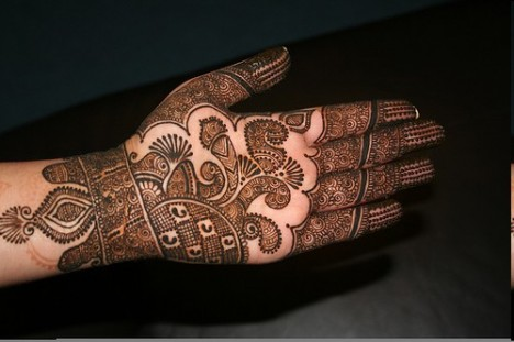 Eid ul Fitr Latest Mehndi Designs for Hands 2015