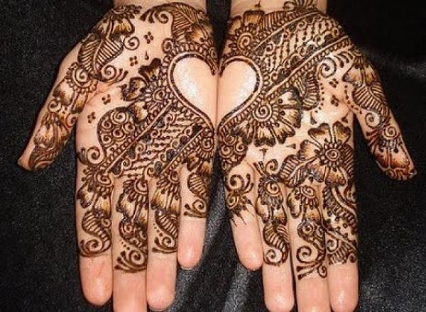 beautiful arabic mehndi design