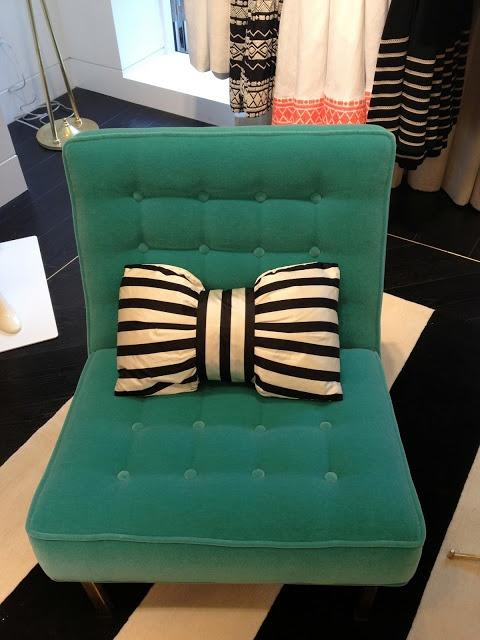 diy-bow-pillows