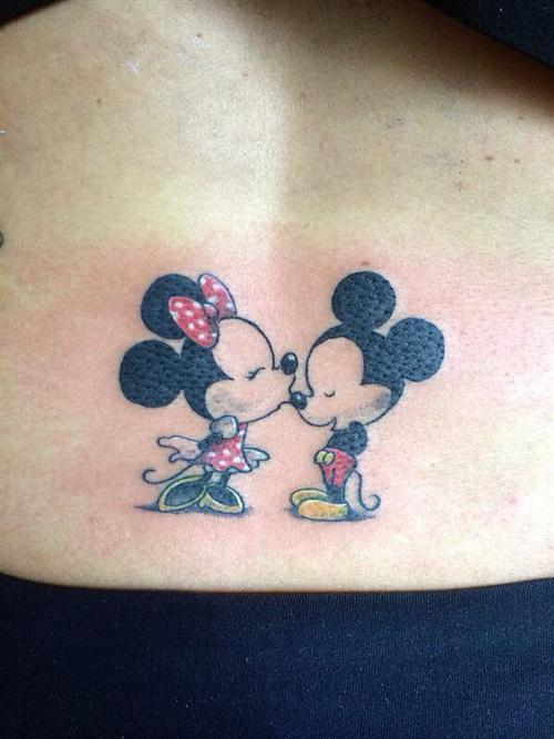 Mickey-Minnie-Kiss-tattoo