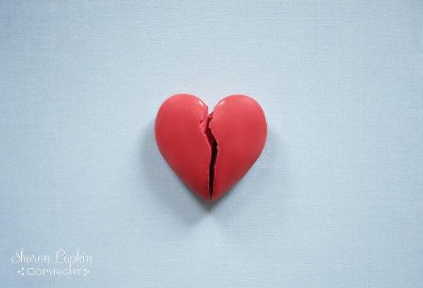broken heart background wallpaper