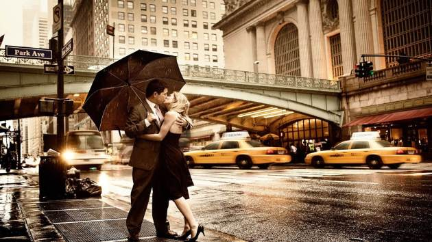 romantic kiss on road footpath