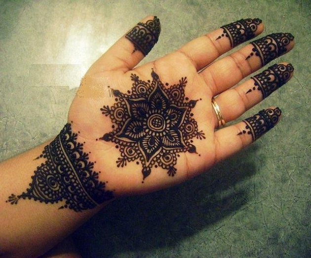 Moroccan Henna On Hands