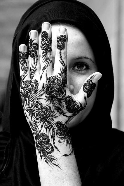 floral henna for girls hands