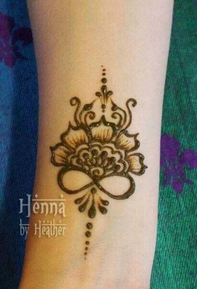 Infinity flower henna