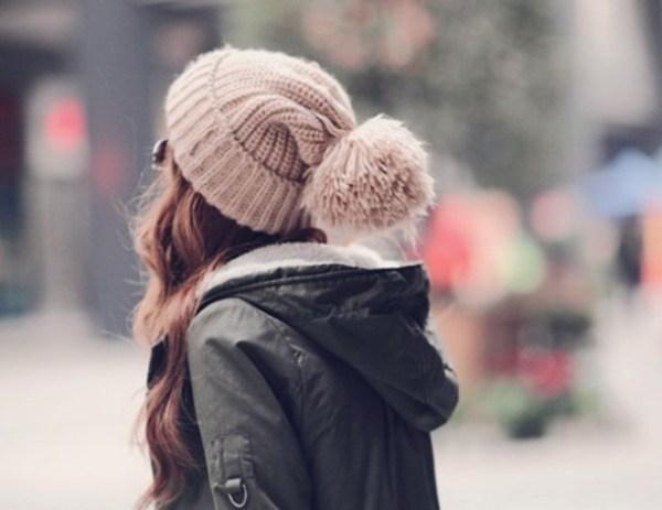 fashion winter trends- knitted hat beanie bonnet pom beanie
