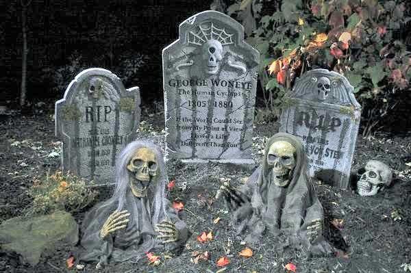 graveyard halloween theme decorations