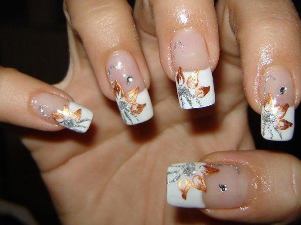 trendy flower glitter nail art designs