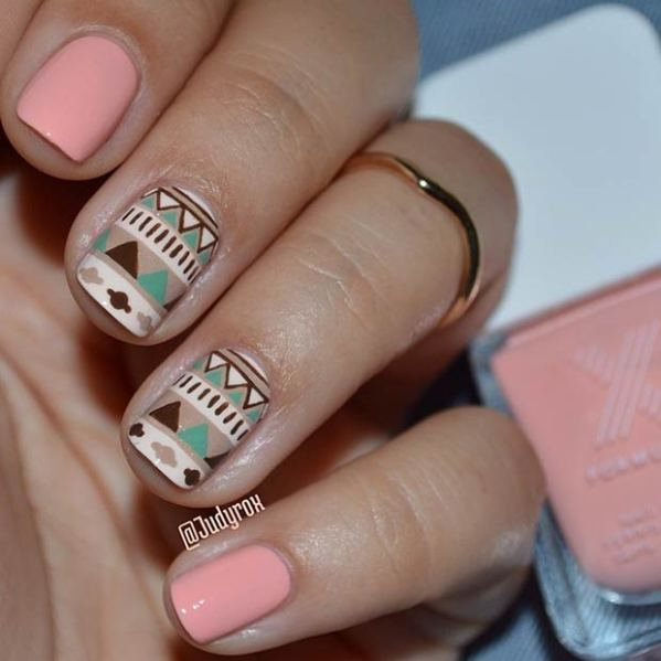 7 Aztec Tribal nail design