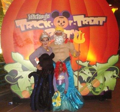 king triton witch and ursula sea family halloween costume ideas