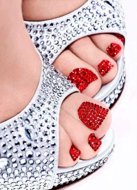 red toe nails with rhinestones