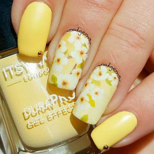 yellow acrylic nails with flowers