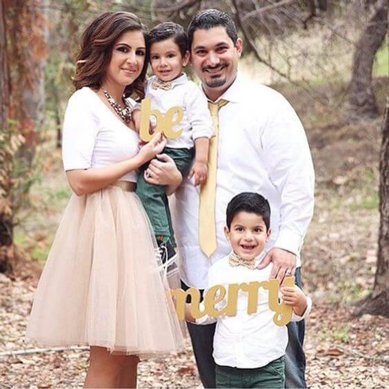 white dress christmas family photo shoot ideas