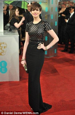 anne hathaway shining outfit with short pixie hair