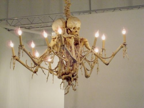skeleton chandelier decor ideas for halloween