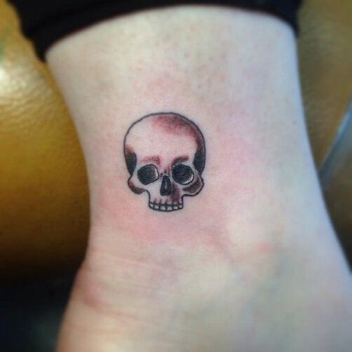 small skull tattoo design for halloween