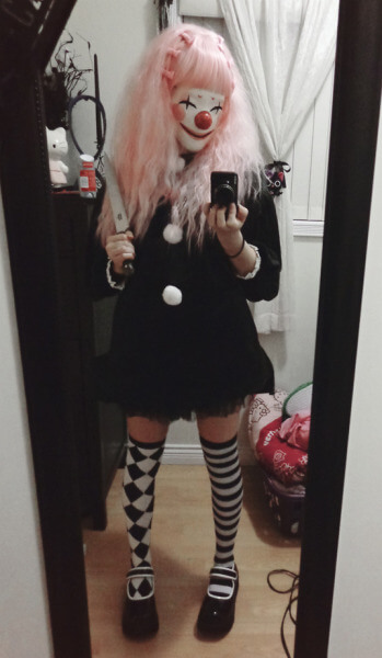 diy creepy clown halloween costume idea