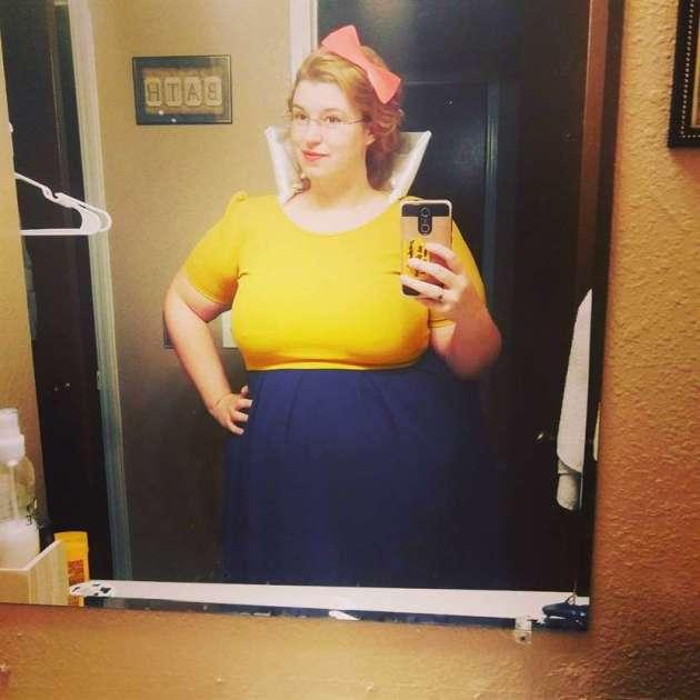 homemade snow white plus size halloween costume idea