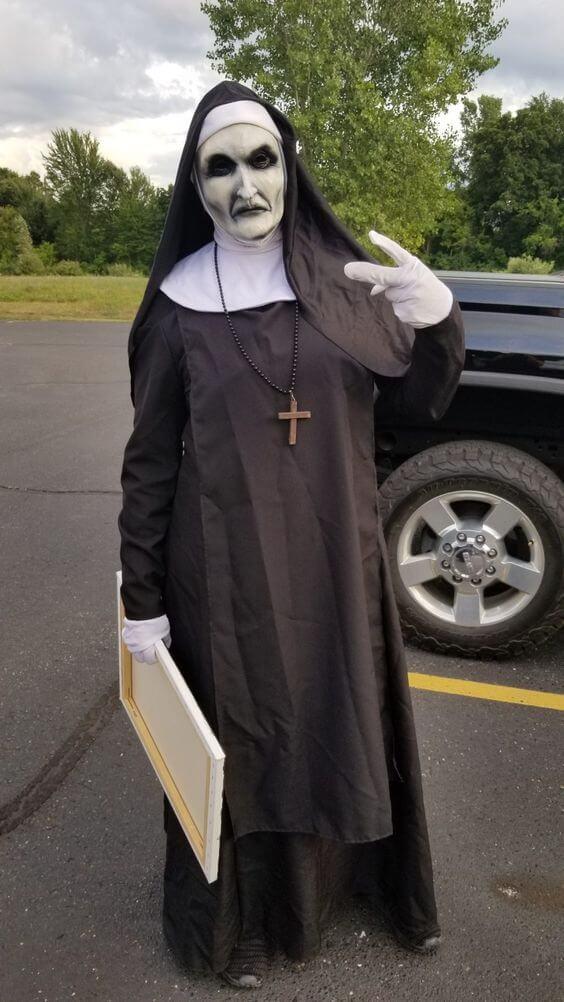 diy creepy the nun halloween costume idea
