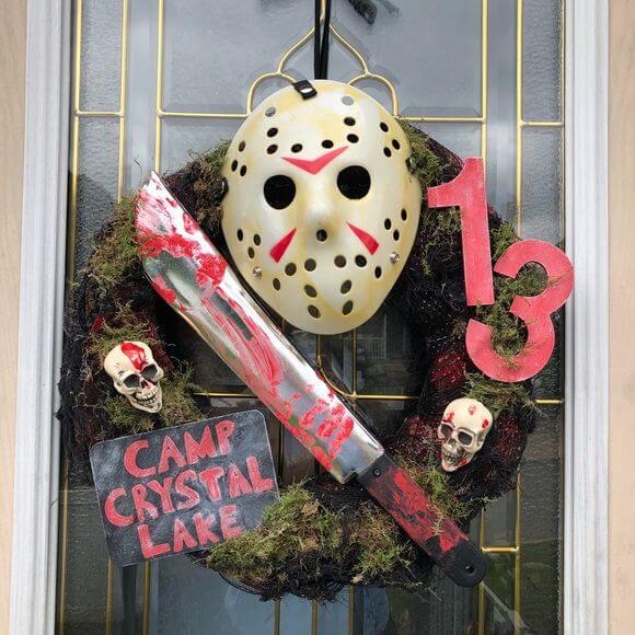 friday the 13th wreath decoration idea for halloween