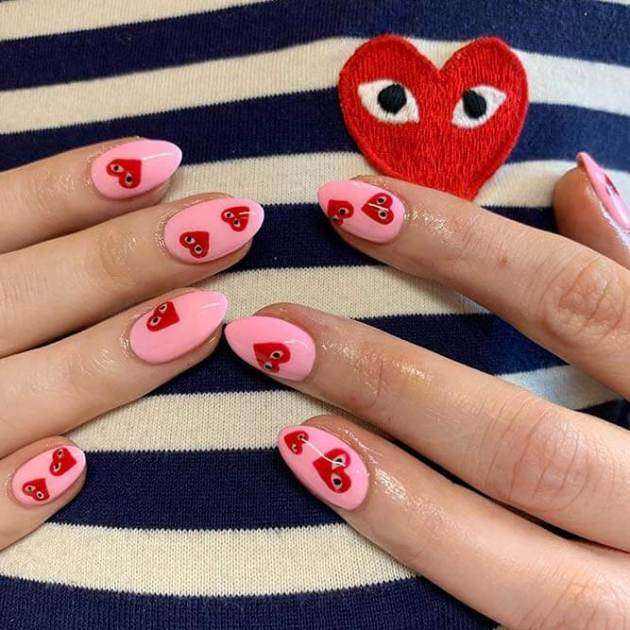 red hearts with googly eyes pink nails designs for valentines day
