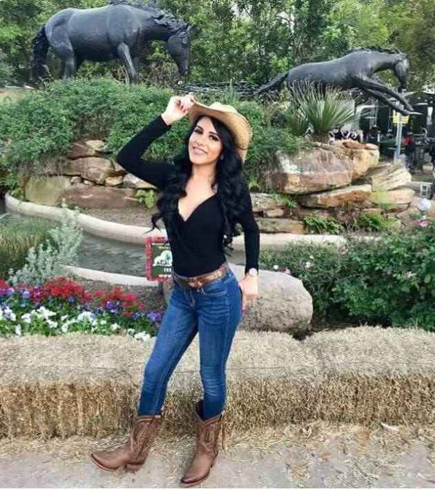 full sleeve black shirt with brownish hat and boots cowgirl outfit idea
