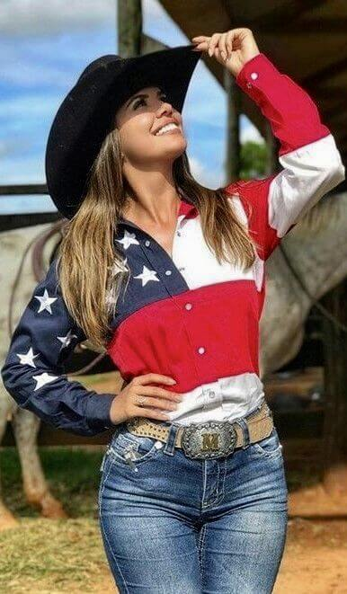 USA shirt with jeans and black hat cowgirl outfit idea