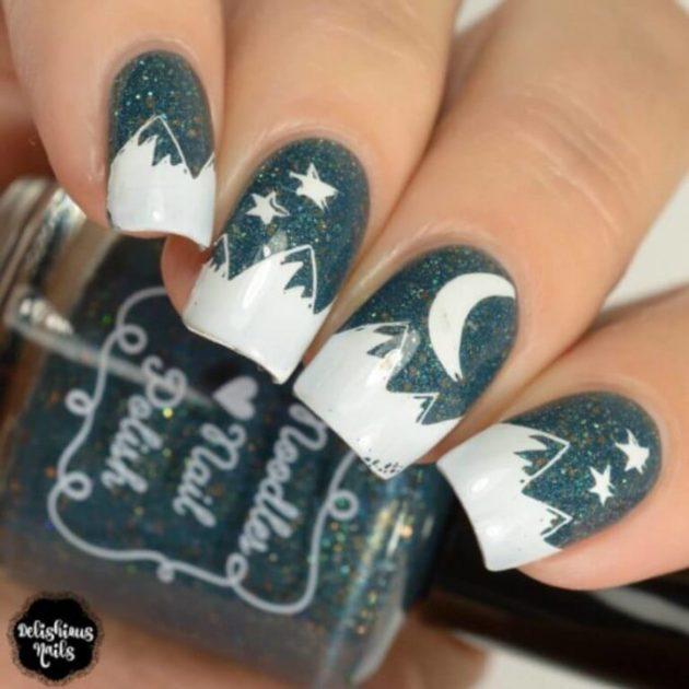 arte de uñas brillante de la noche del cielo para el mes de agosto