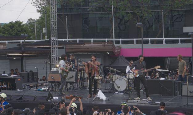 Zoé devela álbum con show sorpresa en CDMX