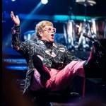 Elton John y el poder de un obsequio