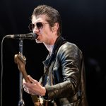 Lanza Arctic Monkeys video de su visita a México