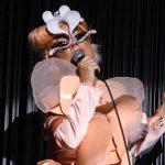 """Imagina un futuro. Habítalo"": Björk"