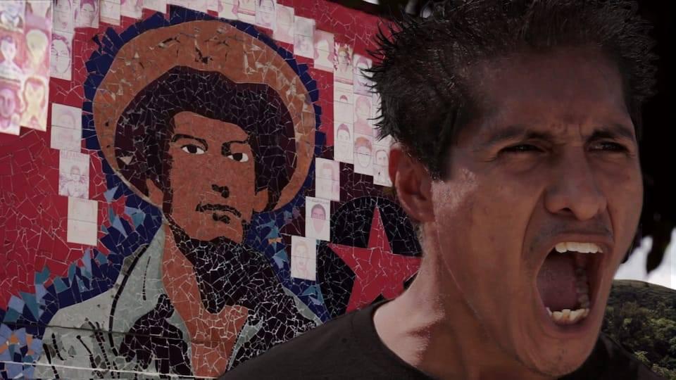 'Ayotzinapa, el paso de la tortuga' por TV UNAM