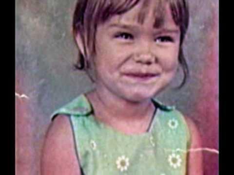 Kristin Chenoweth Kindheitsoto eins bei youtube.com