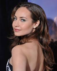 Courtney Ford jongere foto een via pinterest.com