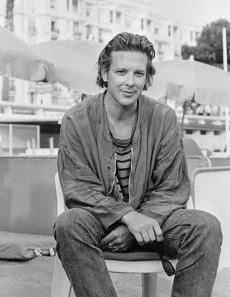 Mickey Rourke Wiki: Young, Photos, Ethnicity & Gay or ...