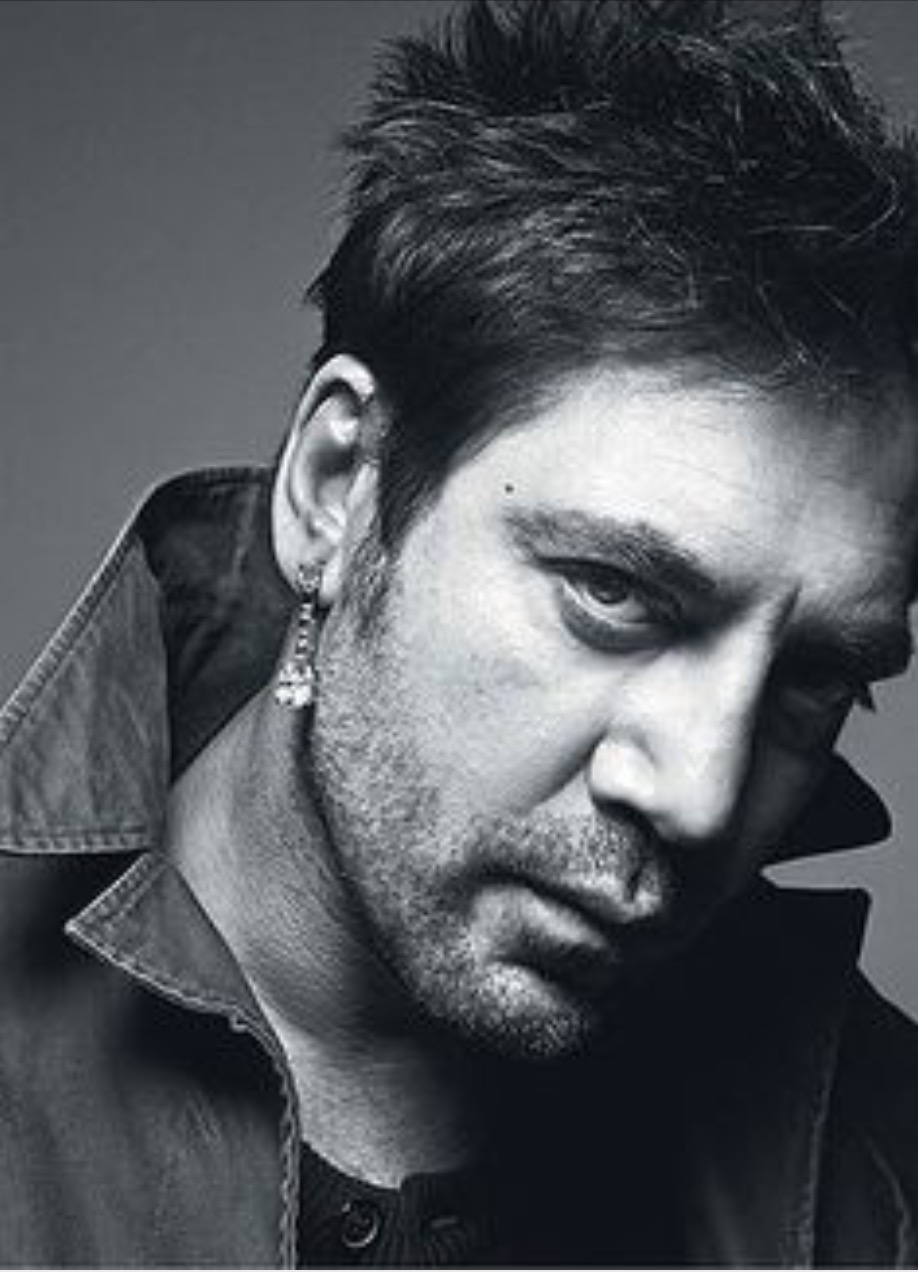Javier Bardem younger photo two at pinterest.com
