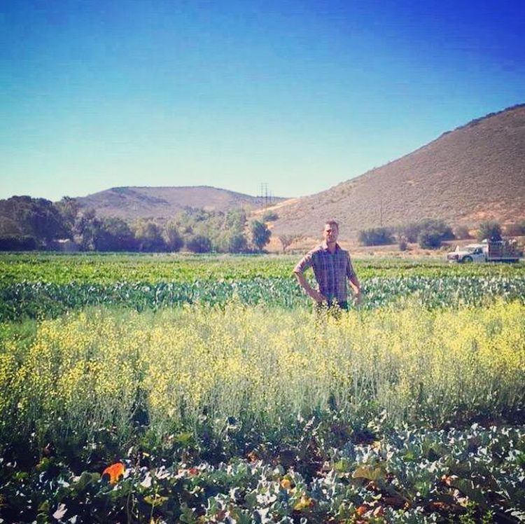 Chris has stated that he enjoys the simple life he has on his farm. (Twitter)
