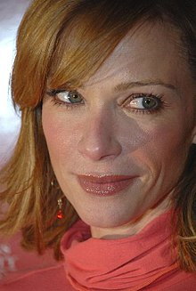 Lauren Holly - the sexy actress with American roots in 2020