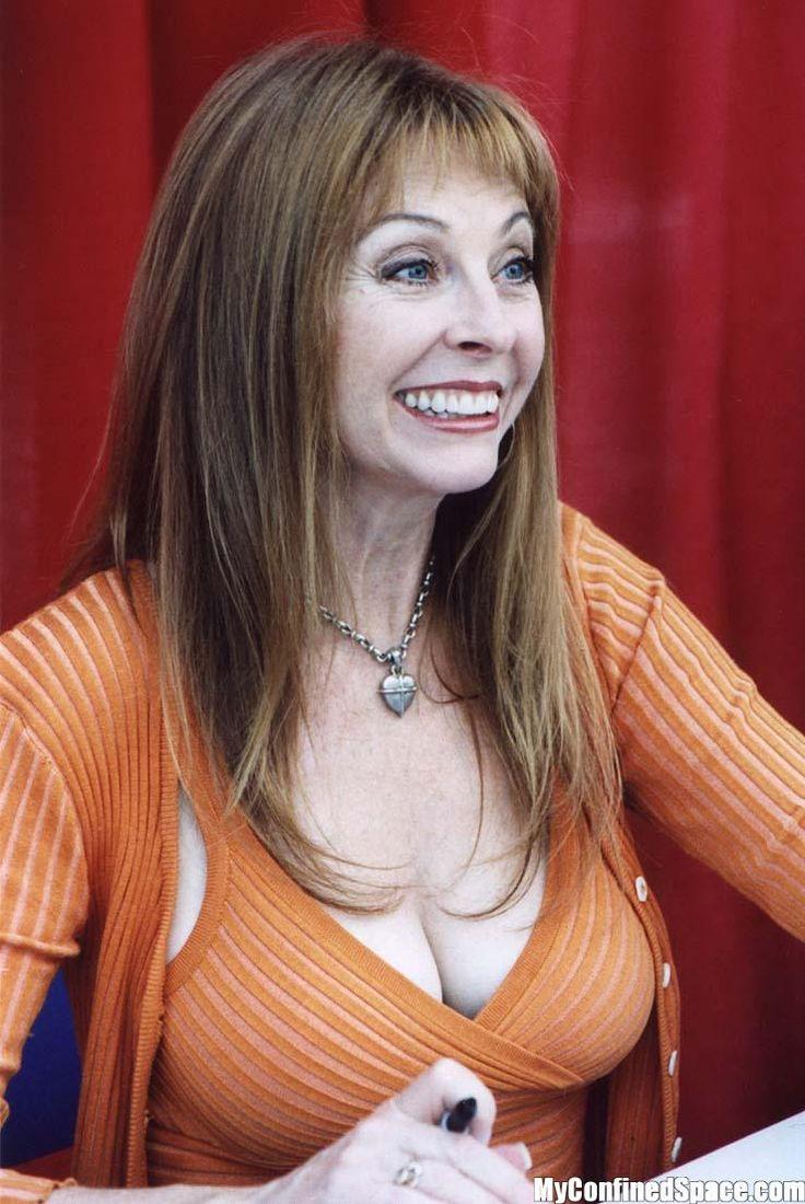 Elvira out - eine lecker, schöner, sexy,  Berühmtheit aus die Niederlande im Jahr 2019