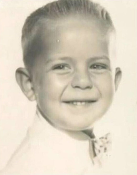 Bruce Willis childhood photo two at pinterest.com