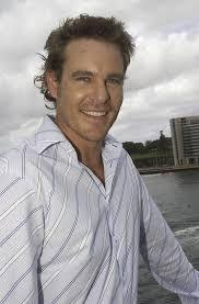 Aaron Jeffery , foto mais antiga um em fansshare.com